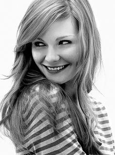 Kirsten Dunst - Long Layered Hair