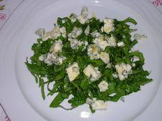 Amanida d'espinacs i Roquefort/ Ensalada de espinacas y Roquefort/ Salad of spinachs and Roquefort/ Salada de espinafres e Roquefort