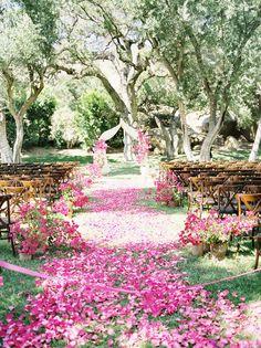 Photography: Jose Villa Photography - josevillaphoto.com Event Design and Planning: Beth Helmstetter Events - bethhelmstetter.com Floral Design: Holly Flora - hollyflora.com  Read More: http://www.stylemepretty.com/2013/07/10/10-summer-wedding-ideas-we-love/