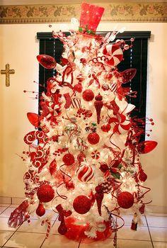Resultado de imagen para arbol navideño con adornos rojos y blancos
