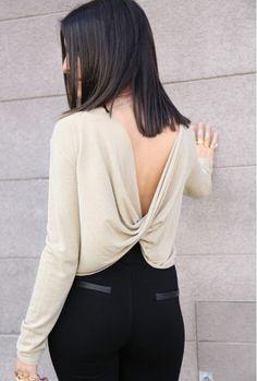 Precioso escote en la espalda.