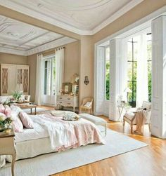 21 Charming & Comfortable Bedroom Interior Design & You Will Love It For Sure ! on Home Architecture Tagged on 21 Charming & Comfortable Bedroom Interior Design & You Will Love It For Sure ! Dream Rooms, Dream Bedroom, Home Bedroom, Bedroom Decor, Bedroom Ideas, Decorating Bedrooms, Bedroom Furniture, Airy Bedroom, Pretty Bedroom