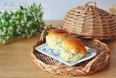 모닝빵샌드위치 감자샐러드 듬뿍 : 네이버 블로그 Hamburger, Bread, Food, Brot, Essen, Baking, Burgers, Meals, Breads