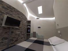 Double superior room Hotel Borgovico Como , lake of Como ( Italy )