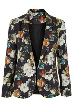 painted floral blazer from topshop Floral Fashion, Modest Fashion, Love Fashion, Vintage Fashion, Fashion Outfits, Womens Fashion, Floral Blazer, Minimal Fashion, Affordable Fashion