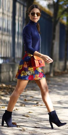Camila Coelho Black Booties Navy Turtleneck Floral Embroidery Skirt Fall Inspo - All About Look Fashion, Winter Fashion, Fashion Outfits, Fashion Trends, Fall Outfits, Casual Outfits, Skirt Outfits, Moda Chic, College Fashion