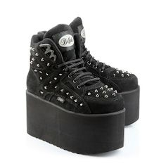 finally back in new style - Buffalo classic in black suede with decorative pointed studs and about 10 cm platform. Goth Shoes, Funky Shoes, Kinds Of Shoes, Crazy Shoes, Shoes Heels Boots, Me Too Shoes, Heeled Boots, Platform Boots, Platform Sneakers