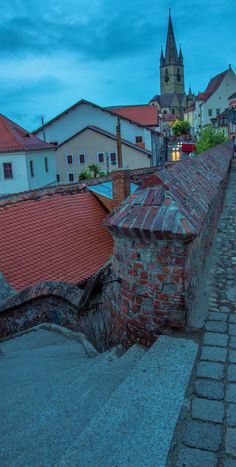 Night falls in Sibiu, Romania. Discover the 7 most unusual and unique things to do in the city. #sibiu #romania #castles #beautifuldestinations