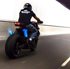 #ducati #ride #gsxr1000 #stoppie #biker #bikergang #tbt #wheels #custom #race #motorbike #bikeshop #titaniumbolts #hayabusa1300 #panigale #kawasaki #suzuki #honda #akrapovic #yoshimura #gsxr1300 #mvagusta #mt09 #fail #hayabusa #1000rr #600rr #cbr250rr