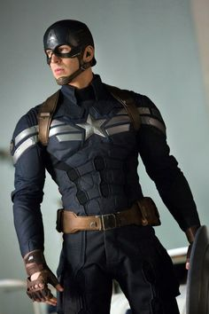 captain america chris evans 'Captain America 3′ Confirmed To Go Up Against 'Batman Vs Superman' On May 6th 2016