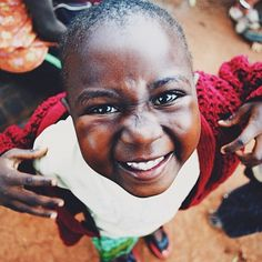 Meet Sarah from Lilongwe, Malawi. This little cutie was constantly at my hip throughout one of my visits a few years back. Missing her sweet smile! #marketcolors