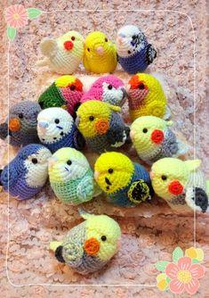 Cute Birds Crochet Tutorial and Pattern Kawaii Crochet, Cute Crochet, Crochet Crafts, Yarn Crafts, Knit Crochet, Crochet Animal Patterns, Crochet Patterns Amigurumi, Crochet Dolls, Knitting Patterns