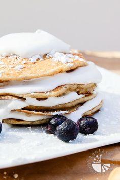banana macadamia nut coconut whip pancakes-4