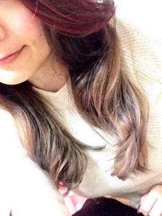 前髪ピンク毛先グレー
