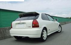 INFO GUIDE: 1997 - 2000 Honda Civic Type R (EK9) | classicregister 2000 Honda Civic, Honda Civic Hatchback, Honda Civic Type R, Paint Color Codes, Japanese Domestic Market, R Wallpaper, Unique Cars, Manual Transmission, Wallpapers Android