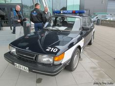 Saab police car in Lahti, Finland Old Police Cars, Old Cars, Car Ins, Finland, United States, Europe, Australia, American, Classic