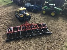 Model Farm Monday Week 179   Customs & Display Journals ®   Toy Talk   The Toy Tractor Times Online Magazine