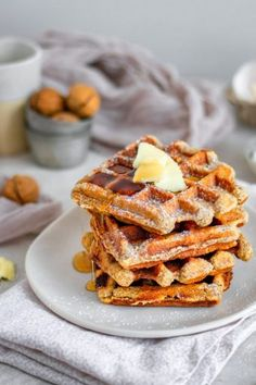 Keto Margarita (The Best Sugar Free Skinny Margarita!) - KetoConnect Sugar Free Waffles, Low Carb Waffles, Low Carb Bread, Pancakes And Waffles, Keto Pancakes, Crispy Waffle, Keto Waffle, Waffle Recipes, Waffle Iron