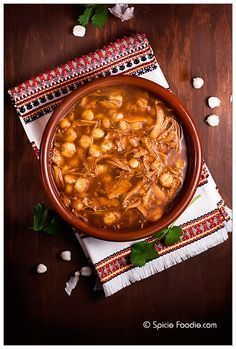 Mexican Chicken Pozole Rojo How to make Pozole; chiles for pozole; Mexican Cooking, Mexican Food Recipes, Soup Recipes, Chicken Recipes, Cooking Recipes, Mexican Desserts, Cooking Tips, Dinner Recipes, Mexican Chicken Pozole Recipe