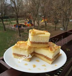 Cake Bars, Izu, Cheesecake, Food And Drink, Sweets, Christmas Recipes, Gummi Candy, Cheesecakes, Candy