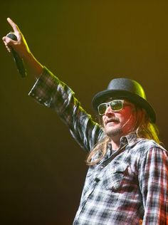 Kid Rock performs at the Coors Light Birds Nest at