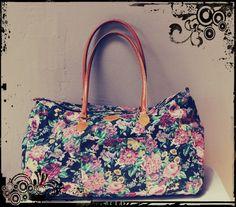 Floral weekender duffle bag http://cgi.ebay.com/ws/eBayISAPI.dll?ViewItem=251290580570