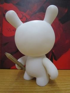 Boneco toy art Dunny  http://produto.mercadolivre.com.br/MLB-595020133-boneco-figure-para-toy-art-munny-13-cm-expresse-sua-arte-_JM