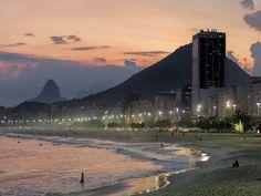 https://flic.kr/p/FtVhTj | Mais um dia chega ao fim... | No Leme.  Rio de Janeiro, Brasil.  _______________________________________________  One more day comes to an end...  At leme neighborhood.  Rio de Janeiro, Brazil. Have a superb weekend! :-)  _______________________________________________  Buy my photos at / Compre minhas fotos na Getty Images  To direct contact me / Para me contactar diretamente: lmsmartins@msn.com