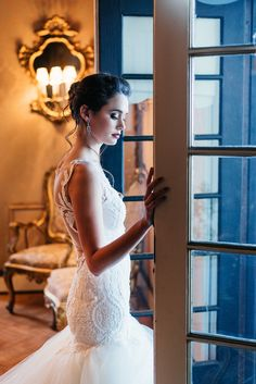 A sumptuous bridal styled shoot with some of our jewelry to accentuate a bride on her wedding day. Bespoke Jewellery, Bridal Shoot, Innovation Design, Beautiful Bride, Old World, Wedding Day, Traditional, Elegant, Inspiration