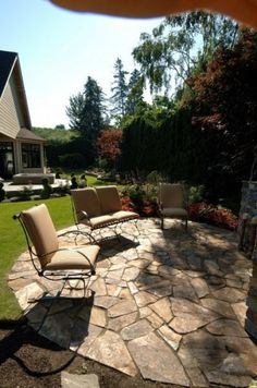 The Lakeshore - Back Yard Fire Pit Patio