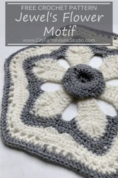 With this free crochet pattern by you can create a textural motif that has a flower center that goes out into a hexagonal crochet boarder Use this motif alone for a wall. Knit Or Crochet, Crochet Gifts, Crochet Motif, Crochet Flowers, Free Crochet, Easy Knitting Patterns, Crochet Stitches Patterns, Free Knitting, Stitch Patterns