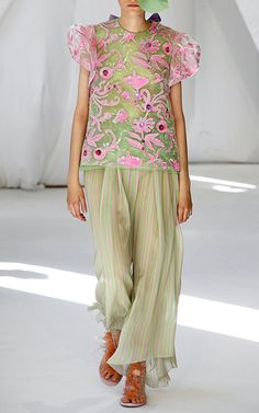 Get inspired and discover Delpozo trunkshow! Shop the latest Delpozo collection at Moda Operandi. Delpozo, Sheer Fabrics, Fashion Brand, Women's Fashion, Couture Fashion, Pink And Green, Floral Tops, Cool Designs, Summer Outfits