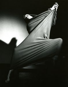 Barbara Morgan. Martha Graham, Letter to the World, 1940. S)