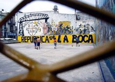 Quartier de la Boca Buenos Aires Argentine Photo de Jeremy Guerard - #easyvoyage #clubeasyvoyage #easyvoyageurs #holiday #vacances #travel #traveler #traveling #holidaytravel #letsgo #lovetravel #aventure #adventure #inspiration #evasion #word #trip