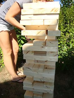 DIY Giant Jenga Tutorial - for much less than $20! Party Gifts, Diy Gifts, Homemade Gifts, Giant Jenga, Auction Projects, Yard Games, Wedding Games, Camping Crafts, Creative Outlet