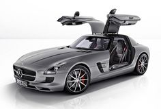 2013 Mercedes-Benz SLS AMG GT Roadster There's some confusion as to whether the new Mercedes-Benz AMG SLS GT (to give it its full. Mercedes Sls Amg Gt, New Mercedes, Mercedes Black, Luxury Sports Cars, Super Sport Cars, Super Cars, Sexy Cars, Hot Cars, Bugatti