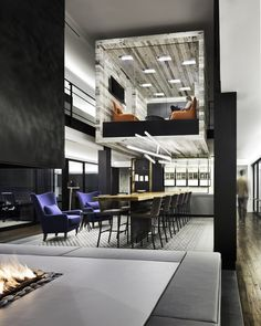 HLW has developed a new office design for private equity firm Atlas Holdings in Greenwich, Connecticut. When converting a residence in Greenwich, Connecticut into a new office, private equity firm… Corporate Interiors, Office Interiors, Design Furniture, Living Furniture, Workplace Design, Corporate Design, Retail Design, Startup Office, Visual Merchandising