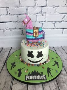 fortnite Fortnite cake gâteau lama marshmello face dance danse pinata fondant #fortnite #wallpapers #wallpaper #fortnitewallpapers #iphonewallpapers