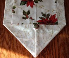 Christmas table runner sz M gold red and by BlessingsandBabies