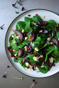 Roast Onion, Spinach and Pomegranate Salad with Stilton ° eat in my kitchen