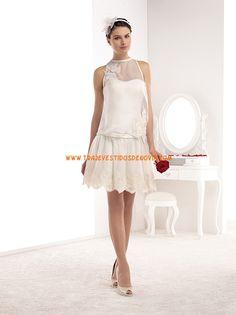 Pronuptia - Wedding dresses, cocktail dresses, wedding suits. This is my favorite so far.