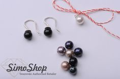 Cercei și mărțișor din perle cu tijă din argint 925 #bijuterii #swarovski #argint #simoshop #perle Pearl Earrings, Drop Earrings, Swarovski, Pearls, Jewelry, Pearl Studs, Jewlery, Jewerly, Beads