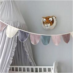 Pojkrum, inspiration, grått, sänghimmel, vimpel Kids Room, Creative, Baby, Eco Friendly, Room Kids, Child Room, Kid Rooms, Baby Humor, Infant