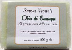 Il #Sapone Vegetale all'Olio di #Canapa è una combinazione tra #olio di #cocco e olio di canapa circa un 20 % (ottenuto dalla spremitura dei #semi, a freddo)
