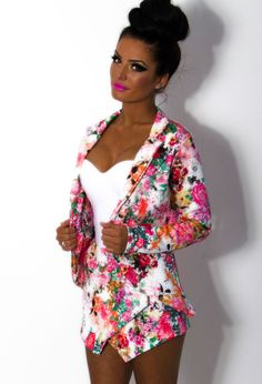 Be bright in this two piece set! Go glam chic in this floral blazer and skort!  Click to shop www.pinkboutique.co.uk/dalia-multicolour-floral-print-dip-hem-blazer-jacket.html