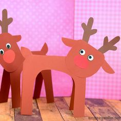 We got the simplest reindeer paper craft idea to share with you today, so grab your construction paper and let's get creative. Reindeer trully are a fun crafting theme during December, they are just right to get you into the Christmas mood. We absolutely Christmas Crafts For Kids To Make, Preschool Christmas, Paper Crafts For Kids, Xmas Crafts, Fun Crafts, Diy Christmas Decorations Easy, Diy Christmas Ornaments, Christmas Mood, Reindeer Christmas