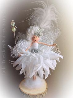 A stunning fairy doll by Lula Tuesdays Handmade doll Fairy doll Flower fairy Fairy Crafts, Doll Crafts, Diy Doll, Diy And Crafts, Arts And Crafts, Fairy Jars, Fairy Clothes, Clothespin Dolls, Christmas Crafts