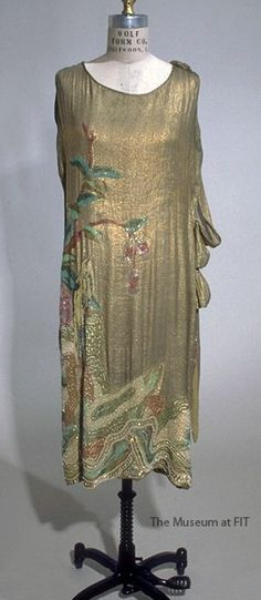 Gold lamé evening dress, 1924-1925, USA, Gift of Doris E. Grossman. Collection of The Museum at FIT #TurnofStyle