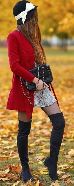 ... help! I have nothing to wear! - Feminine fashion blog: Maroon coat, lace blouse, a hat with a bow and long suede boots I helpihavenothingtowear #help