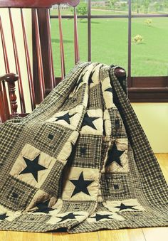 patchwork star quilted throw | black and tan throw